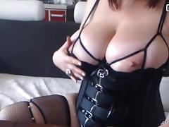 BBW webcam model oiling big tits