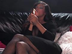 Kiki Minaj smoking sex