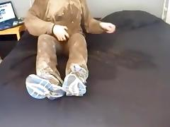 mud, piss and dildo play in my bed.