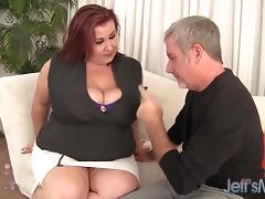 BBW Lady Lynn plays with her tits before 69 & fuck