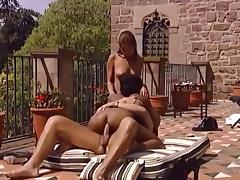 Outdoor 3some fuck