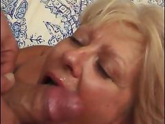 She Licks His Ass