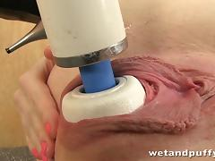 Kinky redhead orgasms with hitachi wand