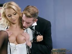 Hot CEO Alix Lynx Gets Worshipped By Her Lawyer