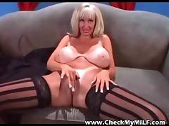 Check My MILF Trashy mature pro with sexy tanlines