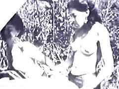 Car Driver gets a Sexual Pleasure 1940