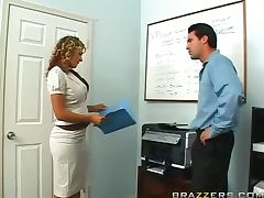 Hot Blonde Nikki Sexx Gets Her Just Deserter After Photocopying Her Body video