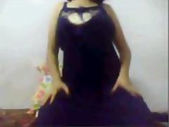 Mature Indian girl stripping and showing juicy tits on yahoo webcam