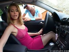 Sexy police officer fucks a girl who violated traffic rules video
