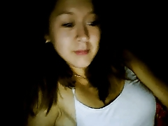 Indonesian Girl Loves To Tease On Webcam