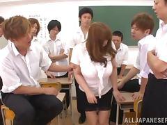 Bosomy Maria Yumeno enjoys a gangbang in a classroom