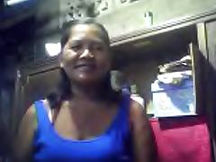 FILIPINA GRANDMA MERLEN DELA VICTORIA 53 SHOWING HER BOOBS