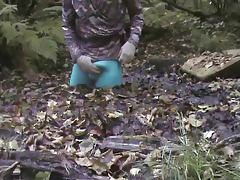 blue tights in the mud 1