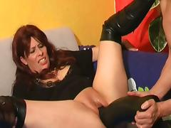Mature slut from europe double pussy fisted