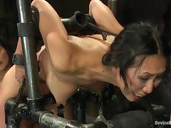 Kinky Asian sex slave is loving such a cruel treatment