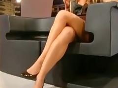 LUCILLA AGOSTI  sexy legs