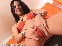 Magnificent Marti Shows Her Camel Toe In A Solo Model Clip