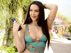 Cum a lot with Sophia Santi