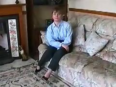 Home Video - British Couple fucks in the carpet